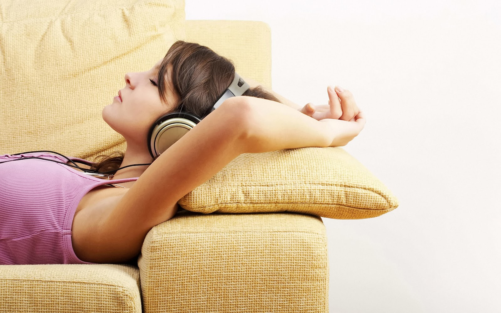relax with aircon